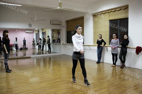 上海木偶剧团王华